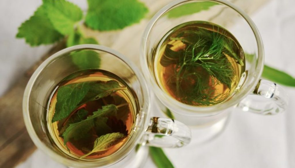 herbal-tea-herbs-tee-mint-159203-720x460 (1)